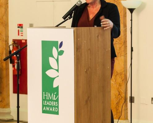 Dr. Eva Lindgren